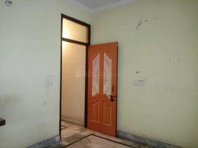 Gallery Cover Image of 700 Sq.ft 2 BHK Independent Floor for rent in Vishnu Garden for 12000
