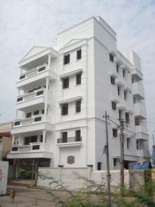 Gallery Cover Image of 2500 Sq.ft 3 BHK Independent Floor for rent in Colas Nagar for 45000