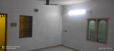 Gallery Cover Image of 1250 Sq.ft 2 BHK Independent Floor for rent in Porur for 15000