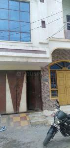 Gallery Cover Image of 1000 Sq.ft 3 BHK Independent Floor for rent in Chandrayangutta for 9500