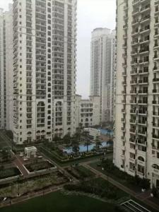 Gallery Cover Image of 1625 Sq.ft 3 BHK Apartment for buy in DLF Capital Greens, Karampura for 17500000