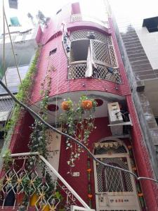 Gallery Cover Image of 220 Sq.ft 3 BHK Independent House for buy in Trilokpuri for 4500000