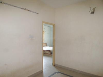 Gallery Cover Image of 1000 Sq.ft 2 BHK Apartment for rent in Sholinganallur for 12000