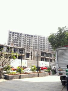 Gallery Cover Image of 2461 Sq.ft 3 BHK Apartment for buy in Andheri East for 26100000