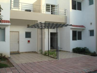 Gallery Cover Image of 1742 Sq.ft 3 BHK Independent House for buy in Paramount Golfforeste Premium Apartments, Surajpur for 6000000