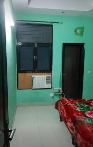 Gallery Cover Image of 1400 Sq.ft 3 BHK Independent House for rent in Gyan Khand for 19000
