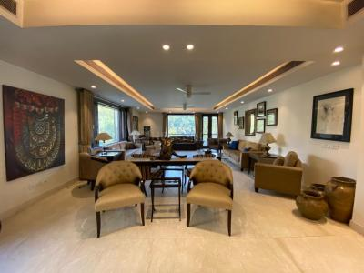 Gallery Cover Image of 7000 Sq.ft 4 BHK Independent Floor for rent in Maharani Bagh for 295000
