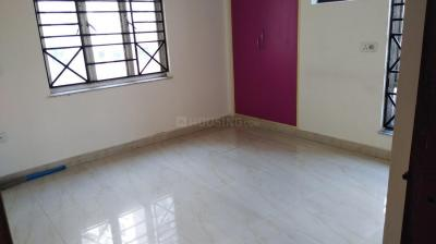Gallery Cover Image of 900 Sq.ft 2 BHK Apartment for rent in New Town for 8000