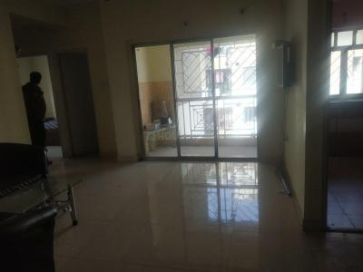 Gallery Cover Image of 950 Sq.ft 2 BHK Apartment for rent in Lake Town for 20000
