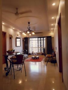 Gallery Cover Image of 1155 Sq.ft 2 BHK Apartment for buy in K Raheja Classique, Andheri West for 37500000