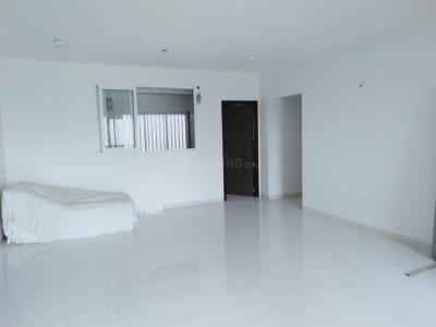 Gallery Cover Image of 2400 Sq.ft 4 BHK Apartment for rent in Kandivali East for 80000