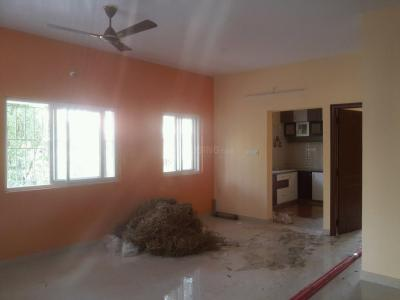 Gallery Cover Image of 1200 Sq.ft 2 BHK Apartment for rent in Kammanahalli for 25000