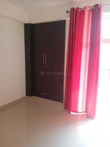 Gallery Cover Image of 1360 Sq.ft 3 BHK Apartment for rent in K M Residency, Raj Nagar Extension for 10001