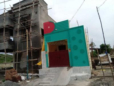 Gallery Cover Image of 905 Sq.ft 1 BHK Independent House for buy in Kandigai for 2920000