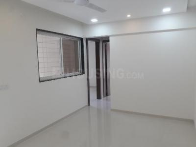 Gallery Cover Image of 1120 Sq.ft 2 BHK Apartment for rent in Tathawade for 20000