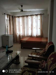 Gallery Cover Image of 1040 Sq.ft 2 BHK Apartment for rent in Gaursons Hi Tech Atulyam, Omicron I Greater Noida for 16500
