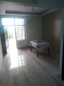 Gallery Cover Image of 600 Sq.ft 1 RK Independent Floor for rent in Sector 21B for 6000