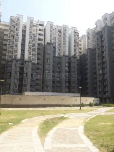 Gallery Cover Image of 1125 Sq.ft 3 BHK Apartment for rent in Mahagun Mahagunpuram, Mahagunpuram for 10000