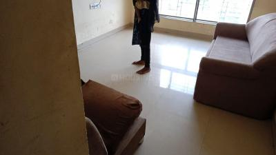 Gallery Cover Image of 1000 Sq.ft 2 BHK Apartment for rent in Hubtown Greenwoods, Thane West for 25000