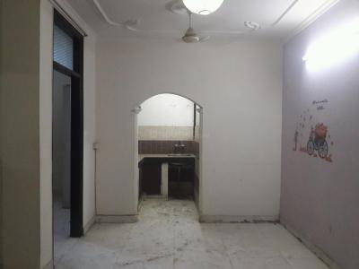 Gallery Cover Image of 810 Sq.ft 2 BHK Apartment for rent in Begumpur for 17000