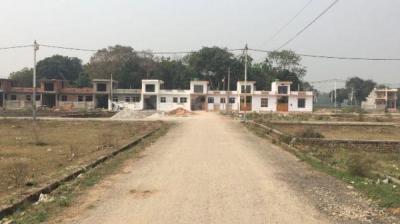 Gallery Cover Image of  Sq.ft Residential Plot for buy in Mahanagar for 1100000