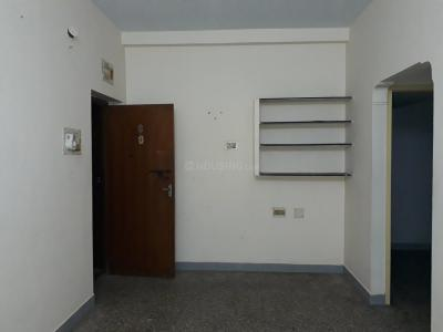 Gallery Cover Image of 600 Sq.ft 1 BHK Apartment for rent in Choolaimedu for 9000