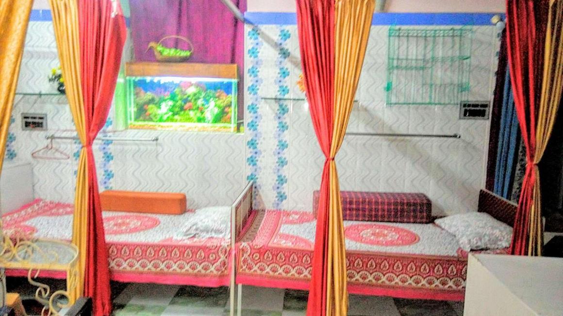 Bedroom Image of Shushila PG in Shyambazar