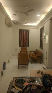 Gallery Cover Image of 650 Sq.ft 1 BHK Apartment for rent in Colaba for 66000