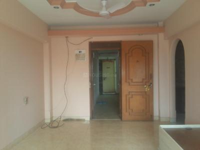 Gallery Cover Image of 550 Sq.ft 1 BHK Apartment for rent in Girgaon for 60000
