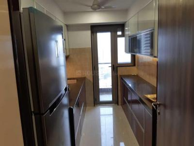 Gallery Cover Image of 1700 Sq.ft 3 BHK Apartment for rent in Andheri West for 100000