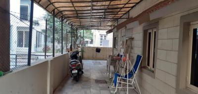 Balcony Image of 2025 Sq.ft 3 BHK Independent House for buy in Thaltej for 19000000