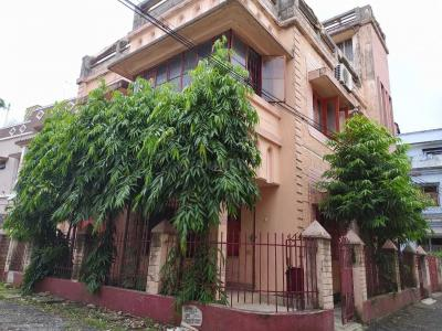 Gallery Cover Image of 840 Sq.ft 2 BHK Independent House for rent in Behala for 9000