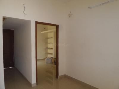 Gallery Cover Image of 640 Sq.ft 2 BHK Independent House for buy in Perumalpattu for 2700000