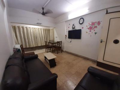 Gallery Cover Image of 710 Sq.ft 1 BHK Apartment for rent in Santacruz East for 40000