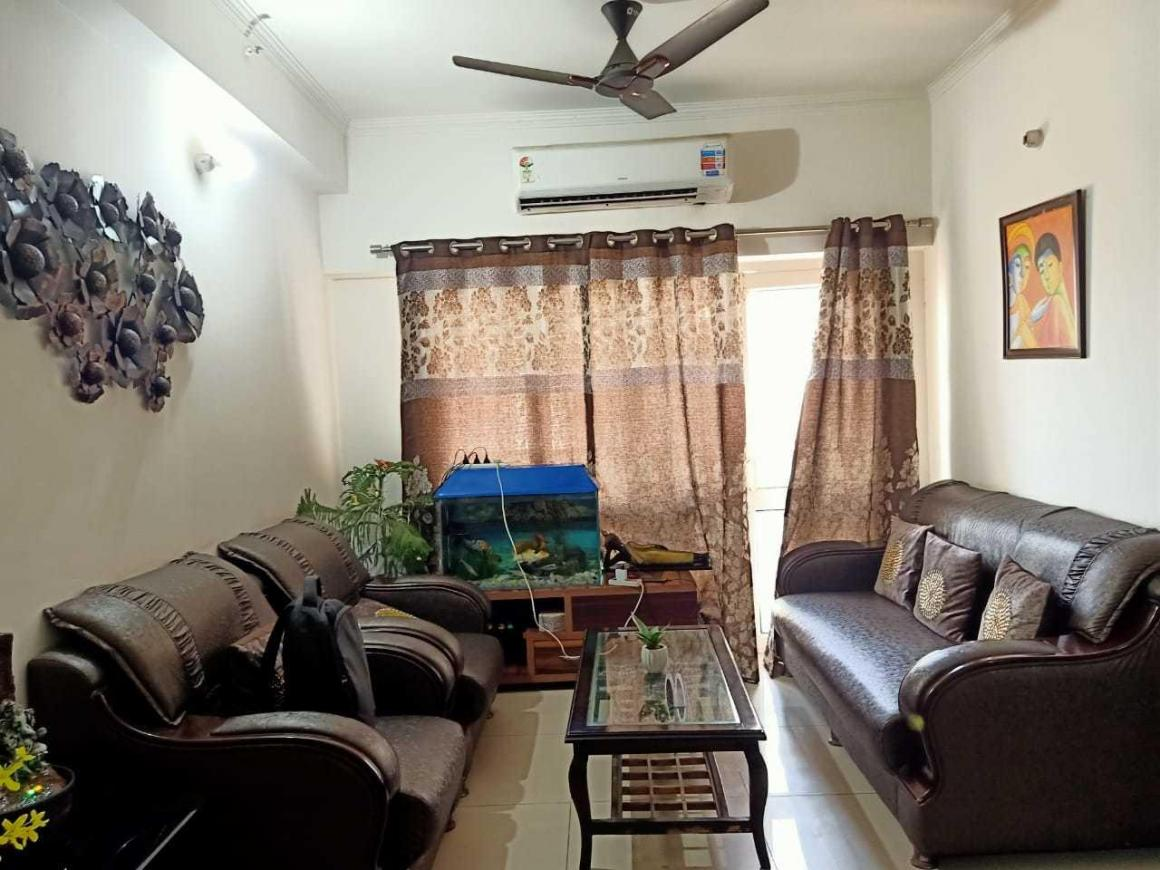 Living Room Image of 1590 Sq.ft 3 BHK Apartment for rent in Noida Extension for 15000