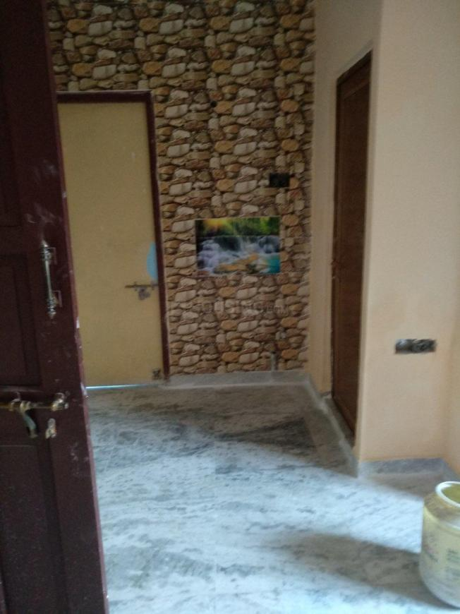Living Room Image of 710 Sq.ft 2 BHK Apartment for rent in Kabardanga for 9000