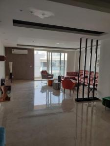 Gallery Cover Image of 2202 Sq.ft 3 BHK Independent Floor for buy in Sushant Lok I for 21000000