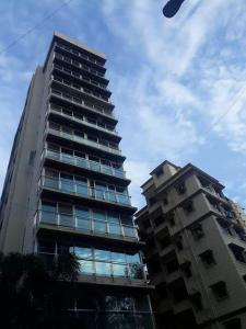 Gallery Cover Image of 2000 Sq.ft 4 BHK Apartment for rent in Santacruz East for 120000