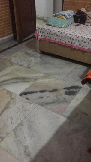 Bedroom Image of Manjinder PG in Sant Nagar