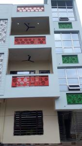 Gallery Cover Image of 1250 Sq.ft 2 BHK Independent Floor for buy in Govind Vihar for 3600000