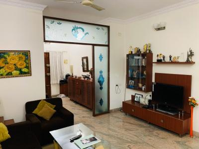 Gallery Cover Image of 1350 Sq.ft 3 BHK Apartment for buy in Vijayanagar for 9500000