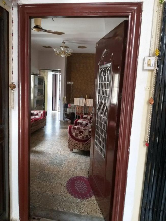 Main Entrance Image of 620 Sq.ft 1 BHK Apartment for buy in Reshim Bagh for 2800000