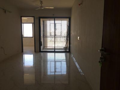 Gallery Cover Image of 1170 Sq.ft 2 BHK Apartment for rent in Motera for 13000