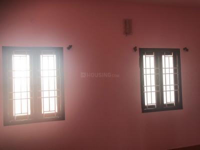 Gallery Cover Image of 888 Sq.ft 2 BHK Apartment for rent in Poonamallee for 12000