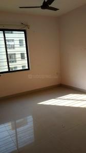 Gallery Cover Image of 1000 Sq.ft 2 BHK Apartment for rent in Chinar Park for 11000