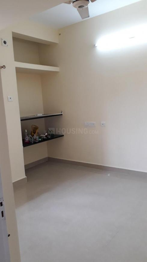 Bedroom Image of 838 Sq.ft 2 BHK Independent Floor for buy in Thoraipakkam for 4100000