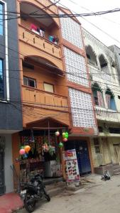Gallery Cover Image of 300 Sq.ft 1 BHK Apartment for rent in Dabeerpura for 6500