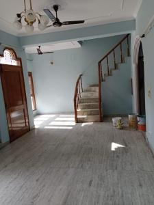 Gallery Cover Image of 1600 Sq.ft 4 BHK Independent House for rent in Preet Vihar for 45000