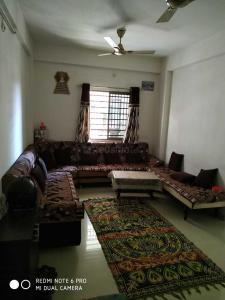 Gallery Cover Image of 1071 Sq.ft 2 BHK Apartment for buy in Thakkarbapa Nagar for 3500000