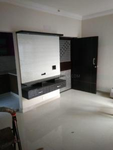 Gallery Cover Image of 1380 Sq.ft 3 BHK Apartment for rent in Phase 2 for 9500
